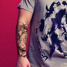 手臂吕布纹身图案
