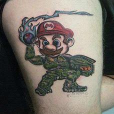 大腿马里奥纹身图案
