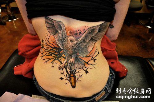 腰部猫头鹰纹身图案