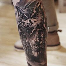 小腿猫头鹰纹身图案