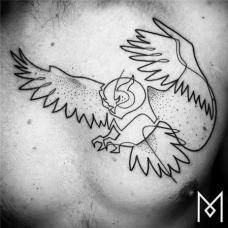 胸口猫头鹰简笔画线条纹身