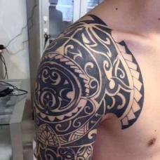 玛雅图腾经典半甲纹身