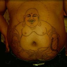 腹部上的弥勒佛纹身图案