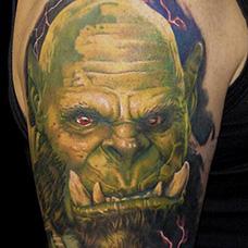 大臂魔兽世界兽人纹身图片
