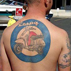 背部摩托车纹身图案