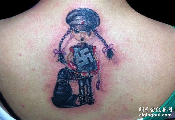 背部警花纳粹图标纹身图案