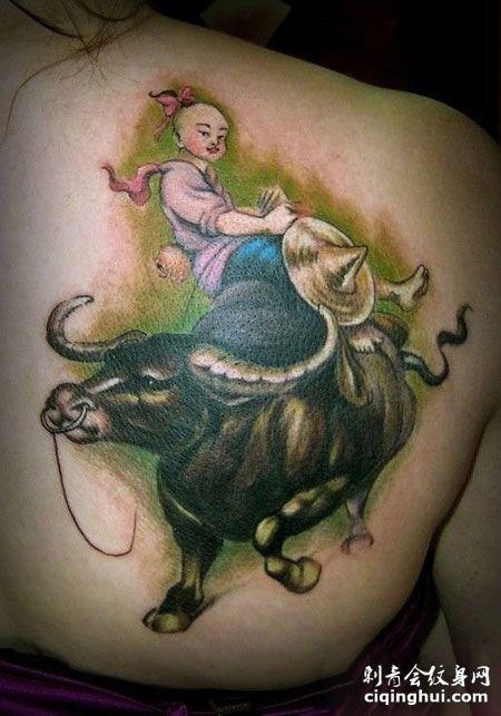 背部牧童骑牛纹身图案