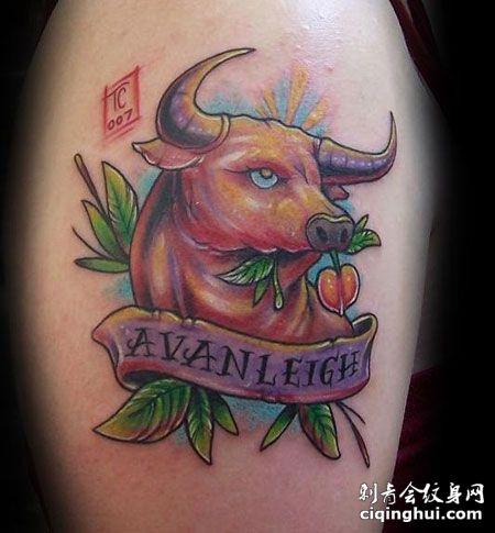 大腿彩色牛头纹身图案