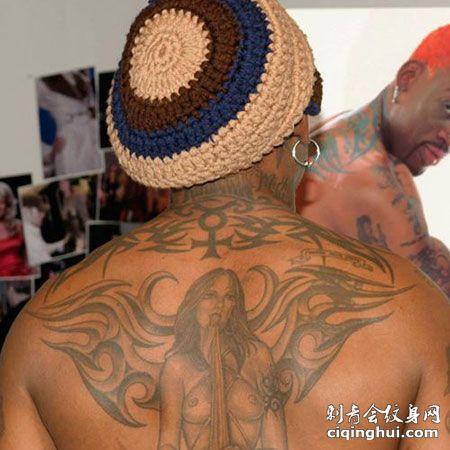 罗曼德后背性格裸女纹身图案