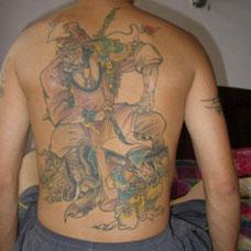 满背古代判官纹身图片