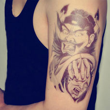 大臂判官纹身图片