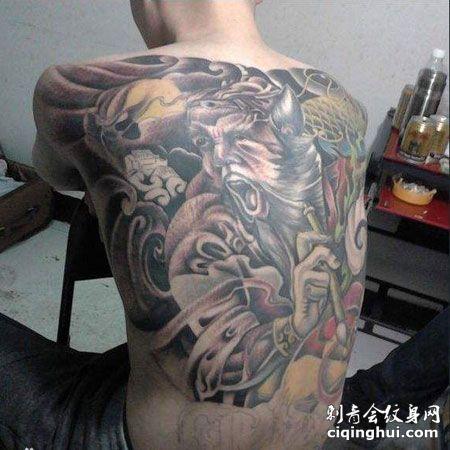 满背个性判官纹身图案