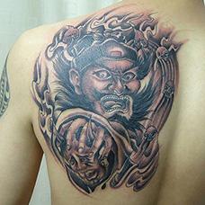 背部地狱判官纹身图案