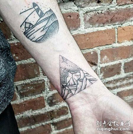 手腕三角形山脉纹身图片