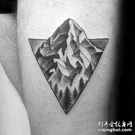 大腿三角形山脉纹身图片