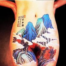 性感女生阴部山水彩色私密纹身