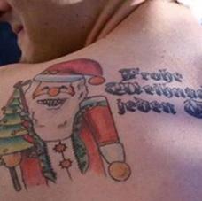 背部圣诞老人纹身图片