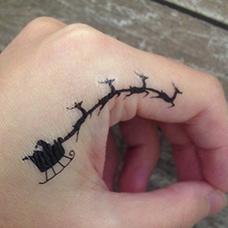 虎口圣诞老人纹身图片