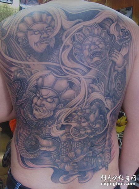满背四大天王纹身图案