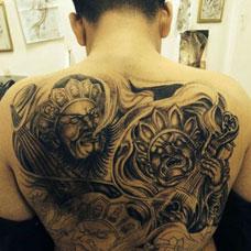 满背帅气的四大天王纹身图片
