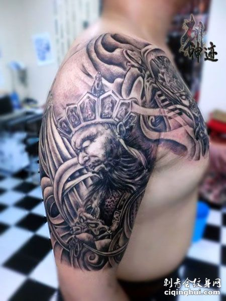 大臂霸气四大天王纹身图案
