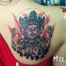 肩部遮盖四面佛纹身图片