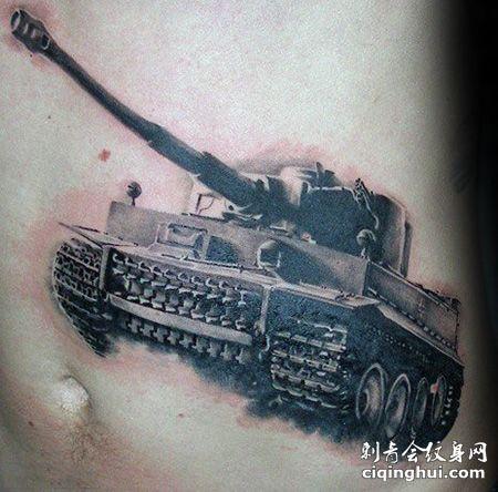 腹部坦克纹身图案