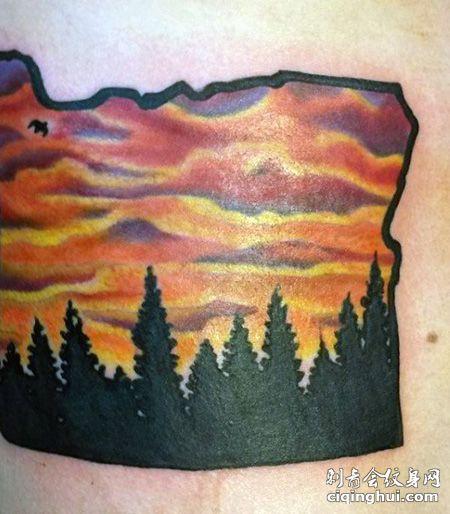 腰部黄昏的天空纹身图案