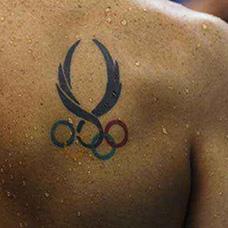 背部奥运五环标志纹身图案