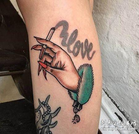 小腿手拿香烟纹身图案
