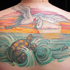 背部仙鹤纹身图案