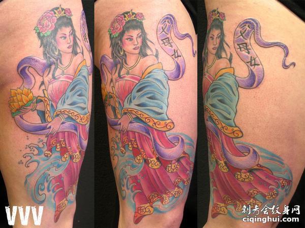 大臂彩色仙女纹身图案