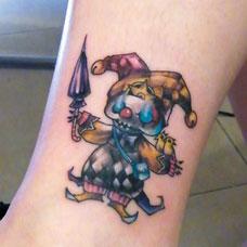 小腿卡通小丑纹身图片