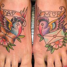 脚背信封纹身图案
