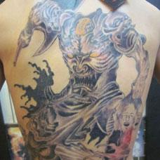 背部个性刑天纹身图案