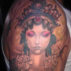 大臂戏子纹身图案