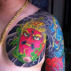 半甲牡丹杨戬纹身图案