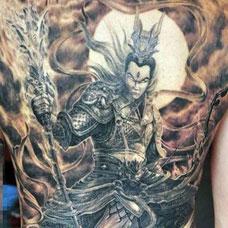 满背帅气杨戬纹身图案