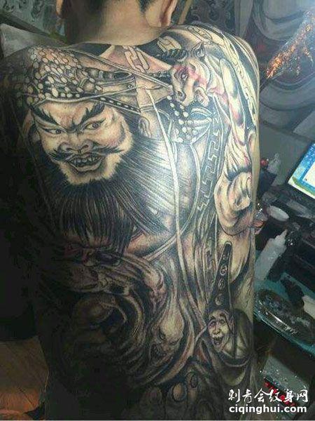 满背经典阎王纹身图案