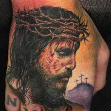手背耶稣头像纹身图案