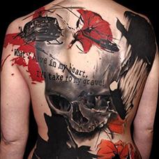 背部骷髅和直升机纹身图案