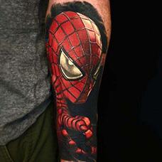 花臂精美的蜘蛛侠纹身图片