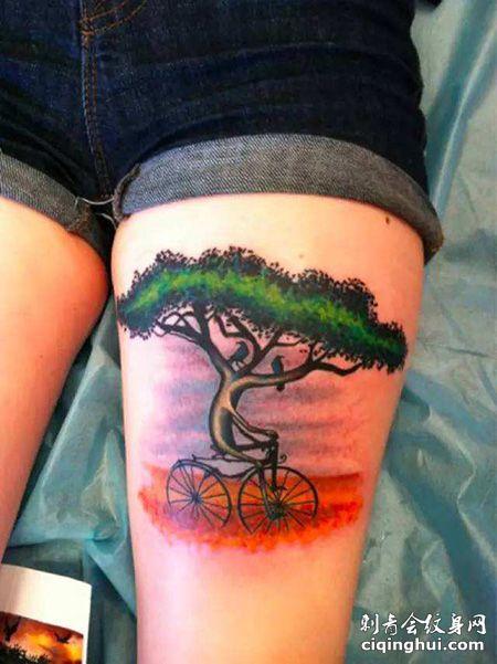 大腿有创意的自行车纹身图案