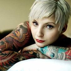 欧美女生花臂凤凰纹身图片