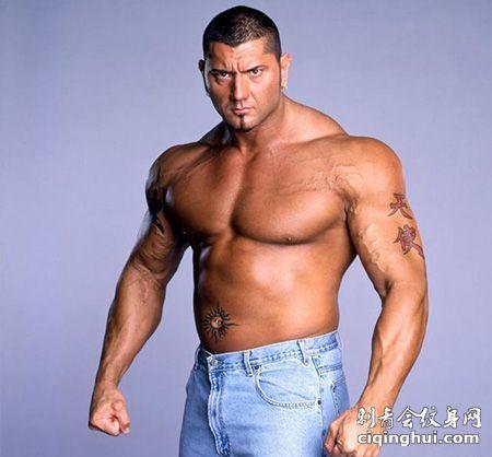 WWE巴蒂斯塔霸气纹身图片
