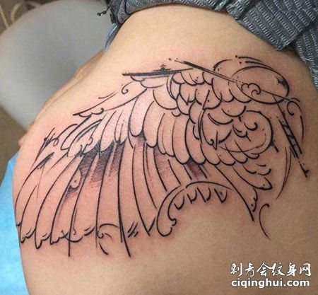 明星大S左肩膀纹身图案