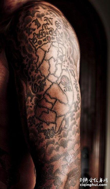JR史密斯右臂纹身图案