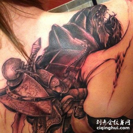 基里连科最新纹身图案帅气魔兽圣骑士纹身