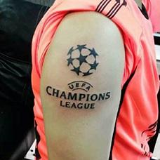 大臂足球英文纹身图案